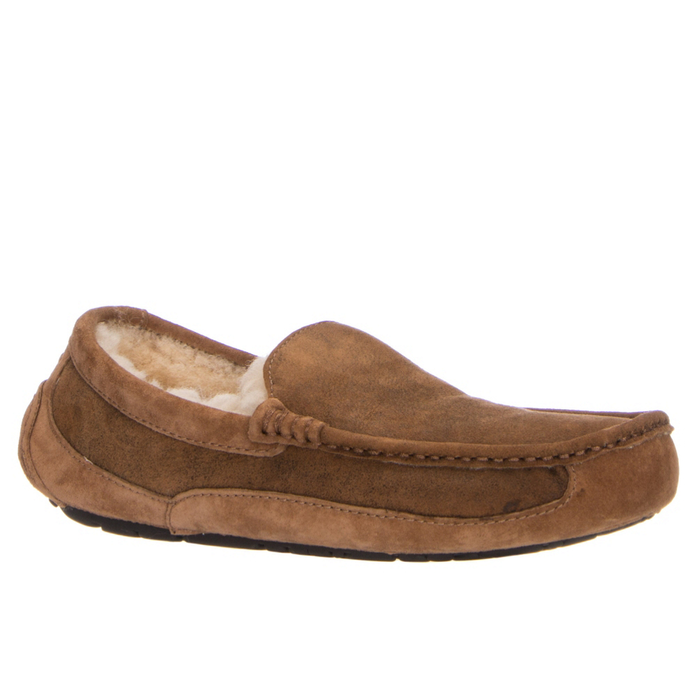 ugg ascot bomber mens slippers- Save 19% Off - The Ascot Bomber gives the number one selling men's UGG slipper a rugged new look.  Inspired by the classic bomber flight jacket, the slipper's Twinface sheepskin features a bomber finish. And true to the UGG Ascot design, the Bomber is lined with luxe wool UGGpure for the ultimate in warmth and comfort. The Ascot Bomber also sits atop a molded rubber outsole, making them so much more than just a great looking house slipper; you can take these bad boys to the streets for all day comfort and style.  Twinface Rugged Touch sheepskin and suede,  Bomber jacket inspired material selection,  Fully lined with UGGpure,  Moccasin toe construction,  Molded rubber outsole,  GTIN: 0888855189688, Model Number: 1008391-BJCE 8.0, Product ID: 404895, Model Year: 2017