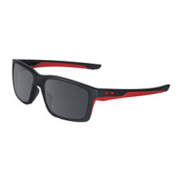 Oakley Mainlink Sunglasses, Matte Black-Black Iridium, 256