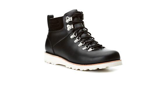 c792349385a UGG Capulin Mens Boots