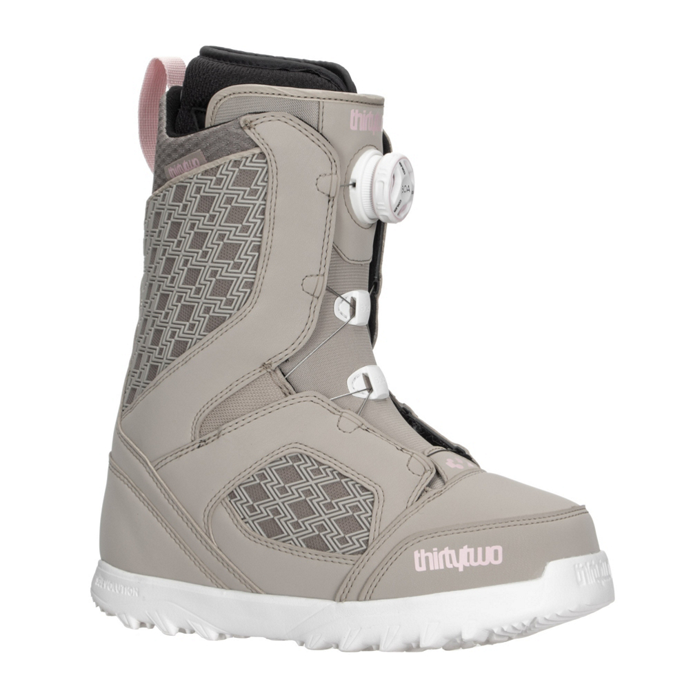 ThirtyTwo STW Boa Womens Boot Womens Snowboard Boots 2020 im test
