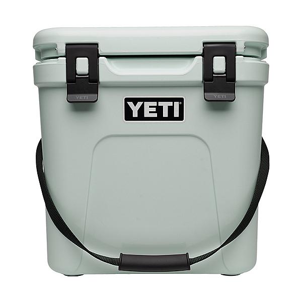 YETI Roadie 24 Hard Cooler 2020, , 600